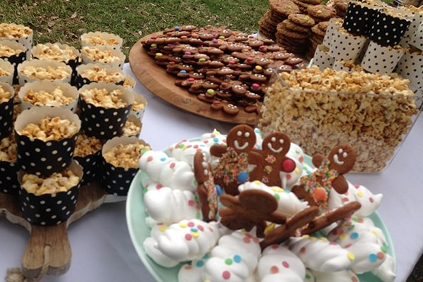 Caramel popcorn, gingerbread, meringues and smarty cookies.