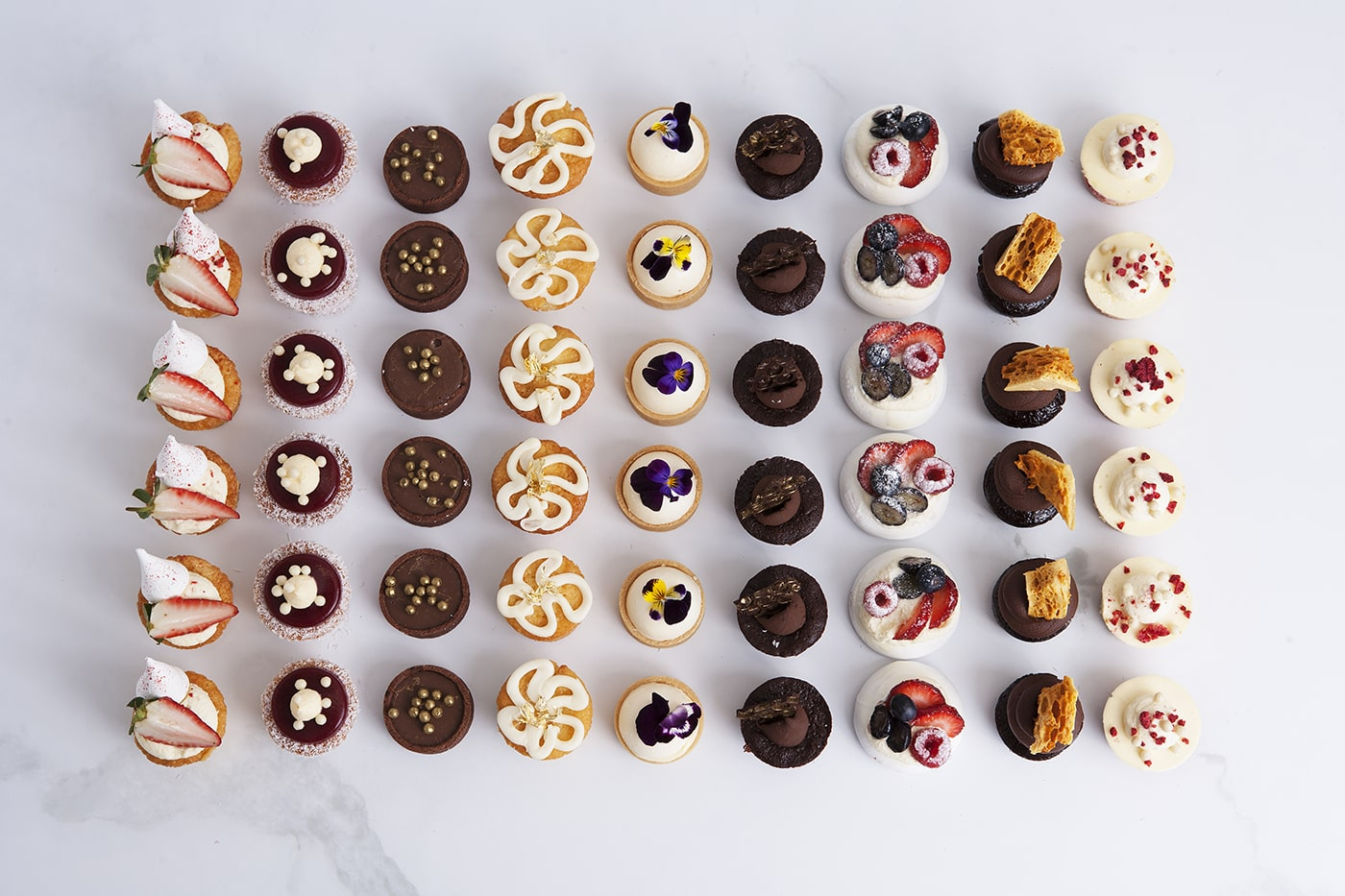 Mrs Jones The Baker mini cakes for catering events, parties and birthdays
