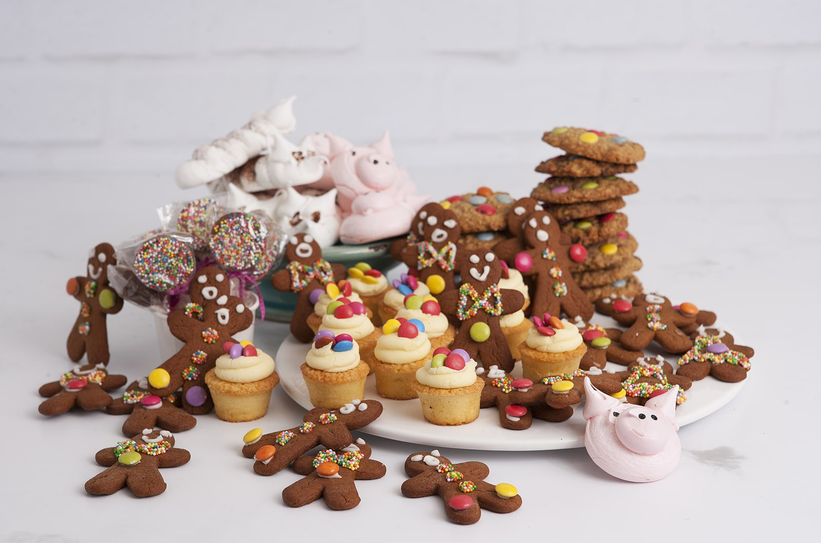 Delightful range of kids cakes, cookies, cupcakes and gingerbread men at Mrs Jones The Baker.Mrs Jones is a bakery northern beaches that creates a magnificent range of speciality cakes.