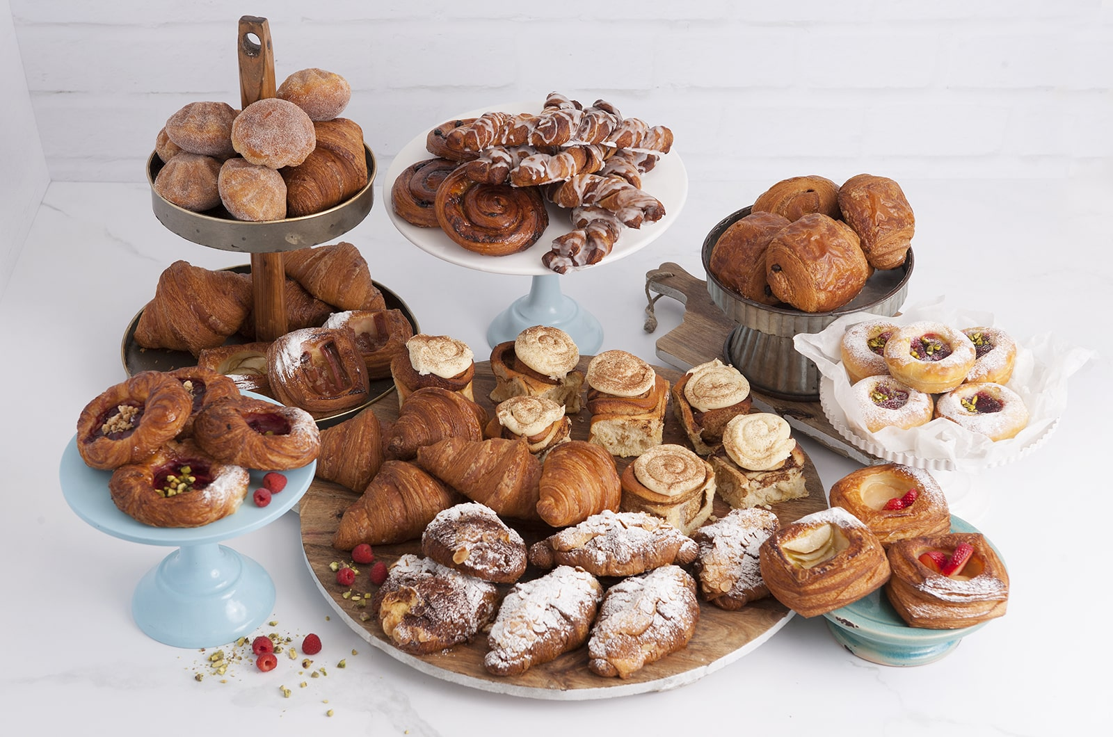 Made with traditional French recipes, our pastries including croissants, cinnabuns, pain au chocolate, danishes and brioche.